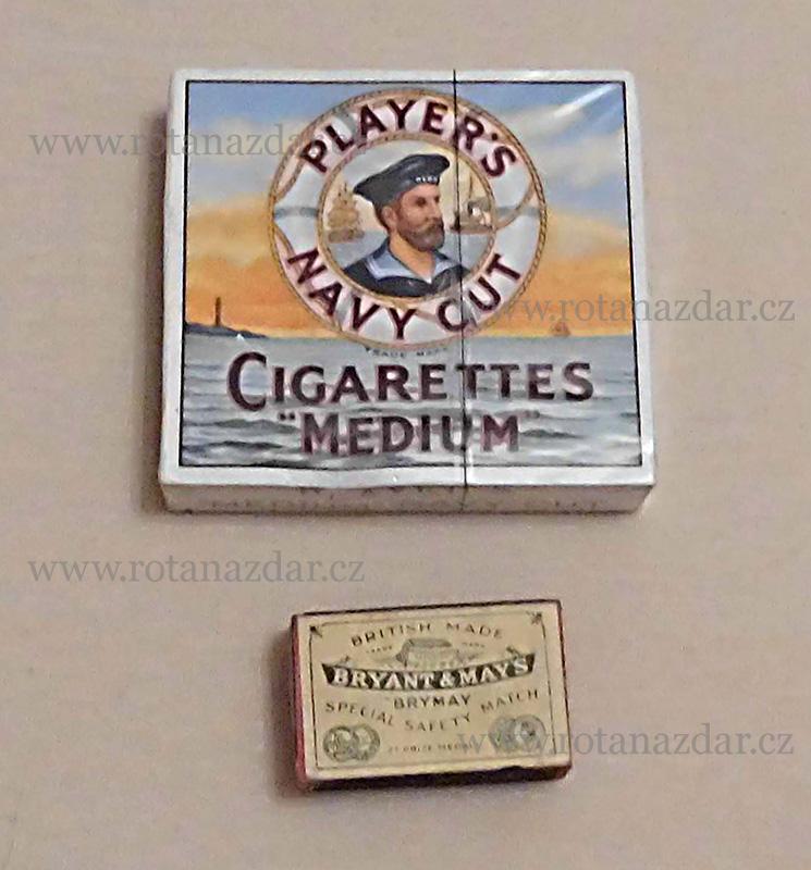 exponát_týdne_cigarety_Players