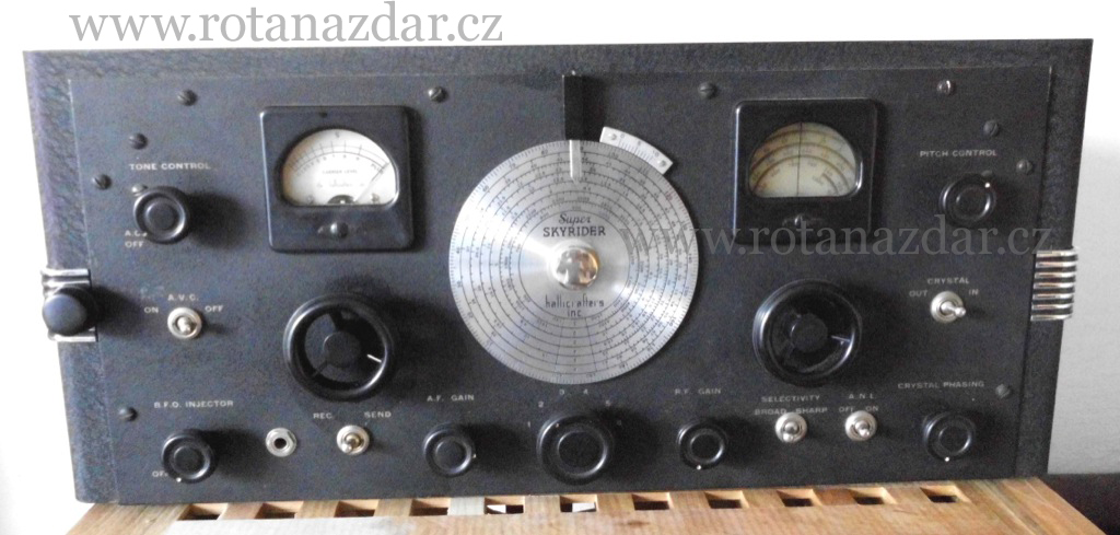 exponát_týdne_radio