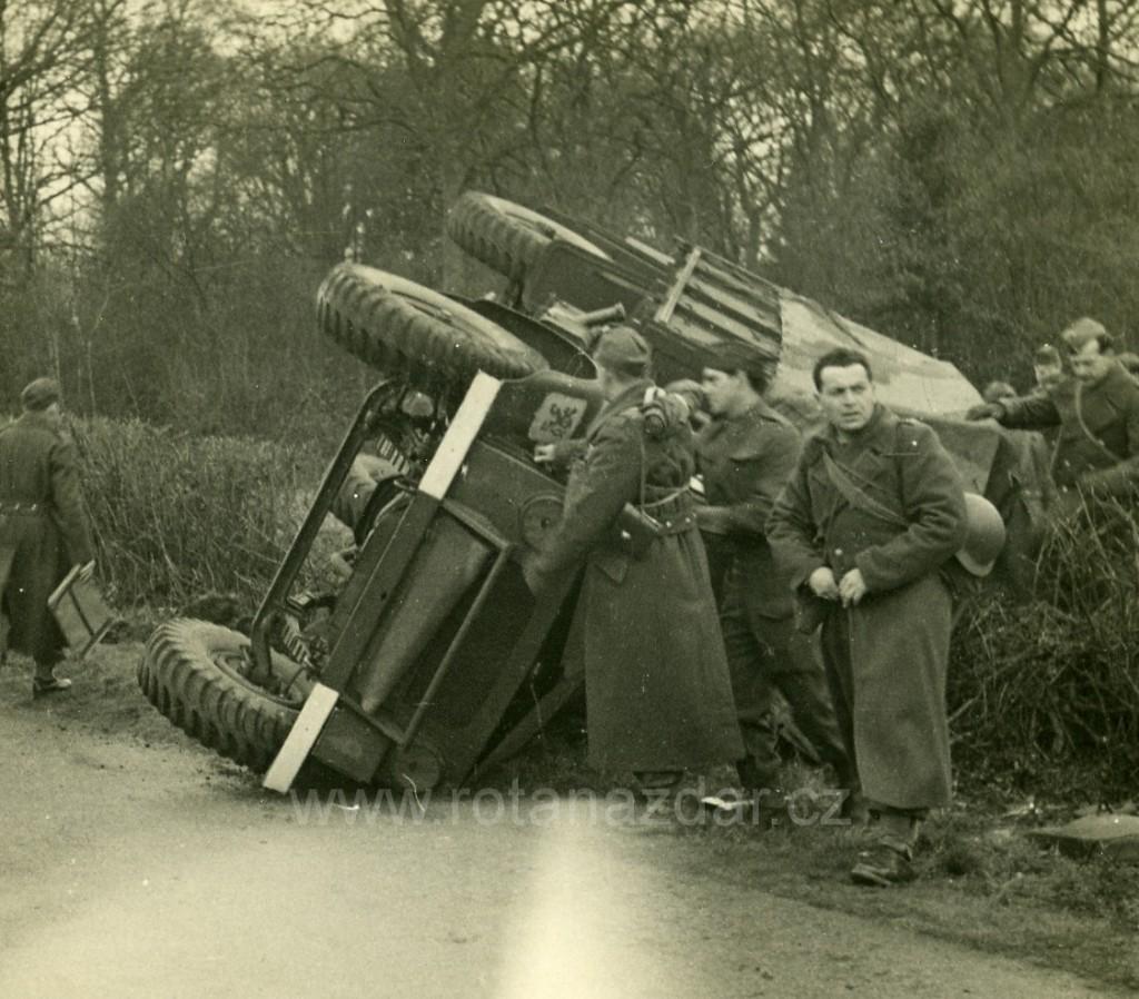 Foto_Tydne_Bedford_OY_nehoda